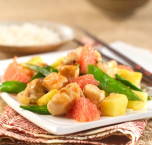 Chicken Nuggets with Rio Star Grapefruit Stir Fry